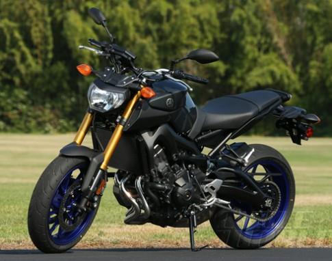 Yamaha ra naked bike mới tinh FZ-09
