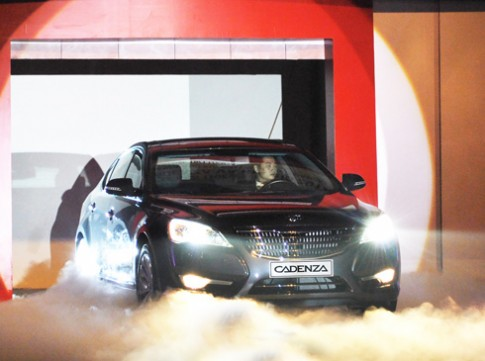 Kia Cadenza ra mắt tại Việt Nam