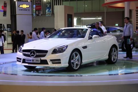 Mercedes SLK350 - mui trần hạng sang ở Việt Nam Motor Show