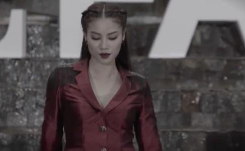 """The Face tập 5: Phạm Hương bị tố """"nói một đằng, làm một nẻo"""""""