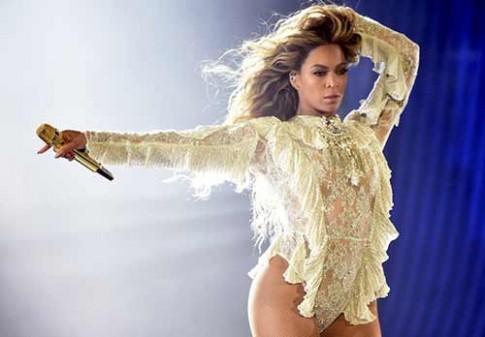 """Tủ đồ ấn tượng của Beyonce trong """"Formation World Tour"""""""