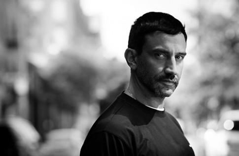 Lý do nhà thiết kế Riccardo Tisci chia tay Givenchy