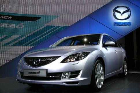 Mazda6 2008 gan hon voi xe hang sang