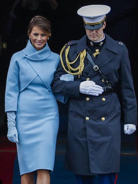 Tủ đồ hiệu của Đệ nhất phu nhân Mỹ Melania Trump