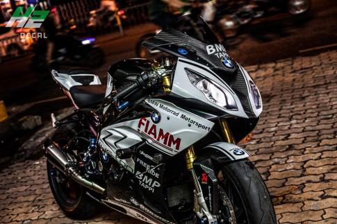 BMW S1000RR đẳng cấp đậm chất sân đua