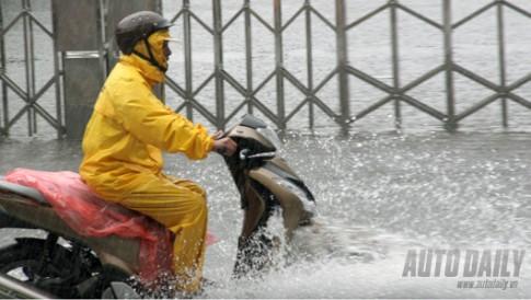 5 bước cần làm sau khi xe máy đi đường ngập nước