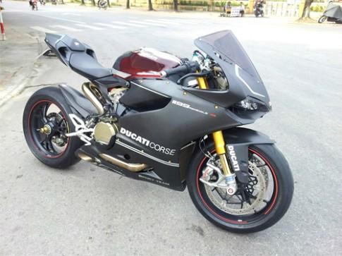 Ducati 1199 Panigale S ABS độ carbon tiền tỷ ở Hà Nội