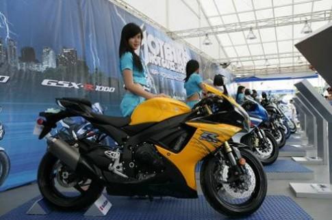 Hàng chục nghìn người dự ngày hội siêu môtô Suzuki