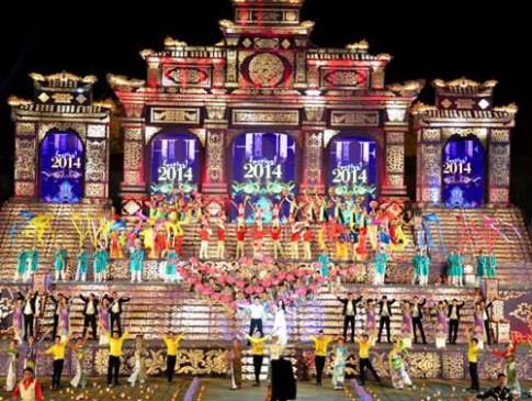 Khai mạc Festival Huế 2014: Hoành tráng, ấn tượng