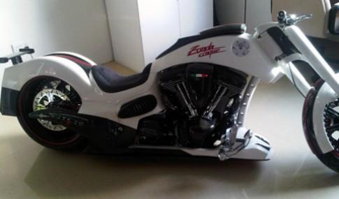 Xế độc môtô Zonda Cinque Custom