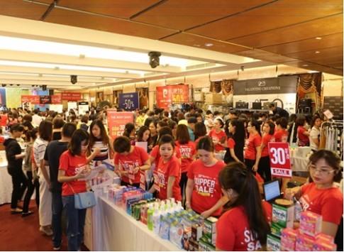 200 thương hiệu thời trang, mỹ phẩm giảm 50% tại Đà Nẵng