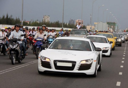Bộ sưu tập siêu xe nổi tiếng Việt Nam