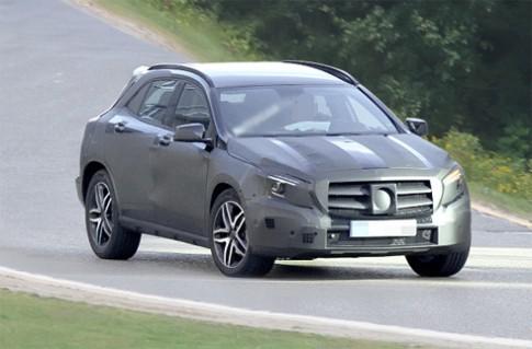 Mercedes GLA - crossover mới trên đường thử