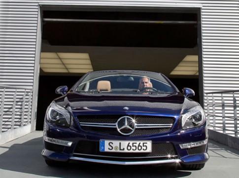 Mercedes SL65 AMG 2013 giá hơn 300.000 USD