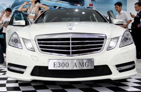 Phong cách thể thao trên Mercedes E300 AMG