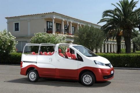 Nissan Evalia C Convertible - mui trần 7 chỗ