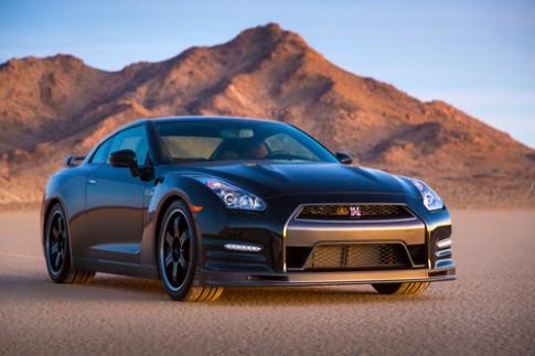 Nissan GT-R thế hệ mới siêu tăng tốc