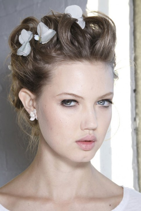 Các mẫu tóc đẹp nhất sàn diễn thời trang