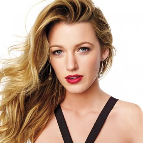 Làm sóng tóc gợi tình như Blake Lively