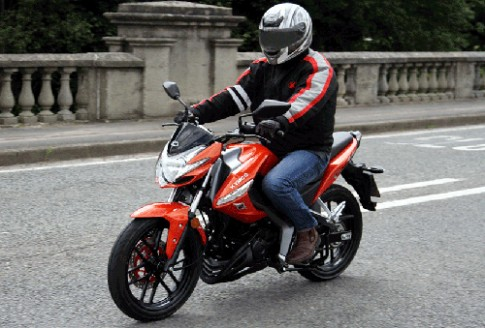 Ảnh chi tiết Kymco CK1 125 - đối thủ của Honda CB125F