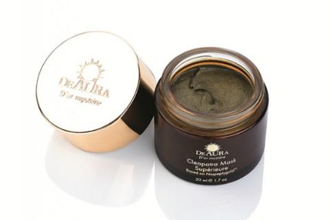 Đẩy lùi lão hóa da với mỹ phẩm Deaura