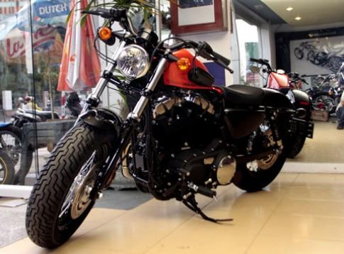 Harley Davidson Forty-Eight 2010 dau tien tai Viet Nam