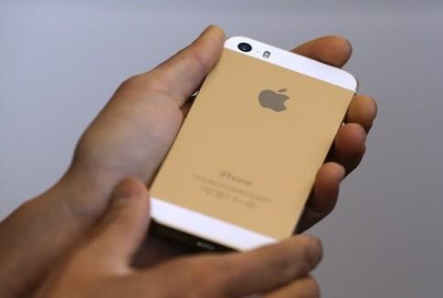 iPhone 5S 8 GB sẽ bán ra ở các nước đang phát triển trong tháng 12