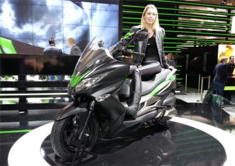 Kawasaki J300 - scooter phong cách thể thao