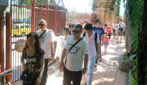 Khánh Hòa sẽ lập câu lạc bộ đón khách Trung Quốc