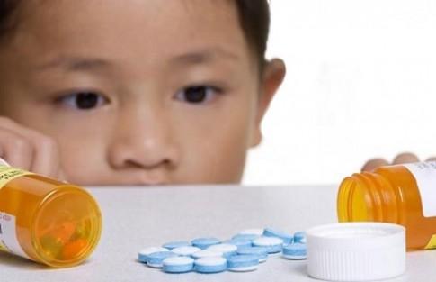Kỹ năng sơ cứu con bị ngộ độc