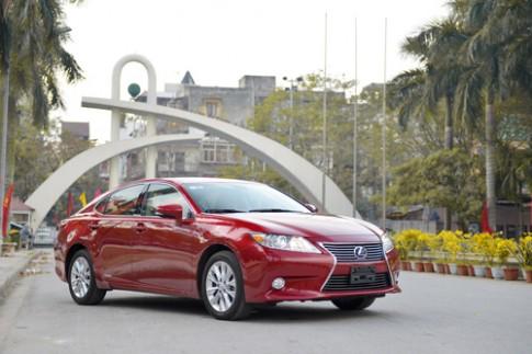 Lexus ES300h có mặt tại Việt Nam