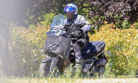 Lộ diện Yamaha X-Max 250 trên đường chạy thử