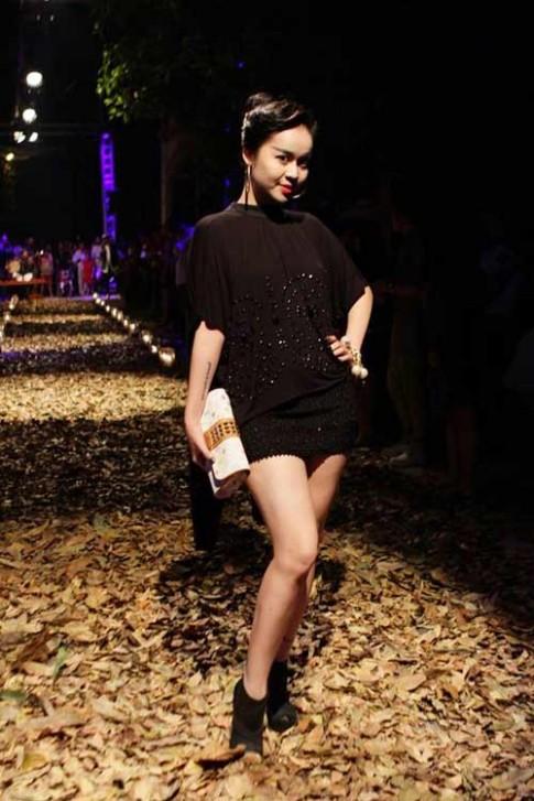 Mỹ nhân Việt say mê mốt lông mày ngang
