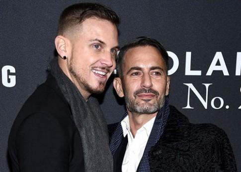 Nhà thiết kế Marc Jacobs đính hôn với người tình đồng giới