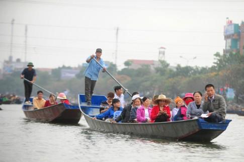 Phí tham quan chùa Hương tăng 50% trong năm mới