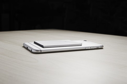 Phụ kiện giúp iPhone sử dụng 2 sim 2 sóng