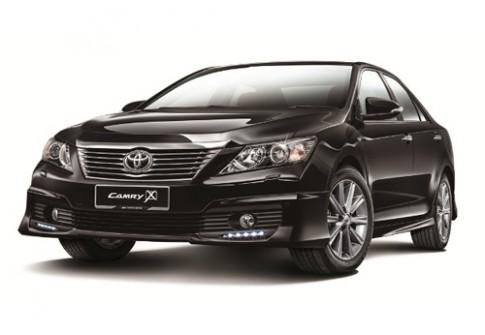 Toyota giới thiệu Camry 2.0G phiên bản X