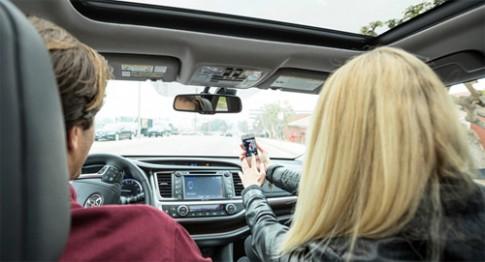 Xe gắn thiết bị phá sóng điện thoại bị phạt 48.000 USD