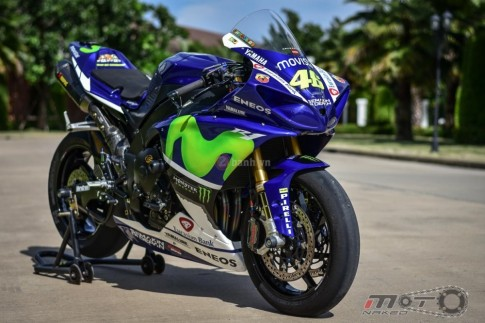 Yamaha R1 siêu chất trong phiên bản Movistar MotoGP