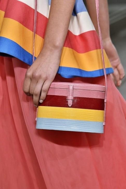 4 kiểu túi mà tín đồ thời trang khao khát có được từ New York Fashion Week 2018