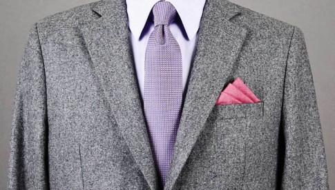 Cách gấp khăn cài túi áo vest nam đơn giản thông dụng