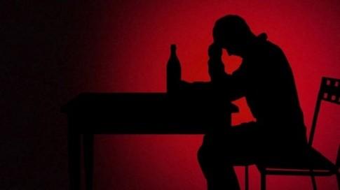 Cai nghiện rượu bằng tiêm tế bào gốc từ mỡ