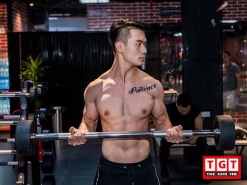 """Cú """"lột xác"""" ngoạn mục: tăng 20kg, thành soái ca 6 múi của chàng trai Hà Thành"""