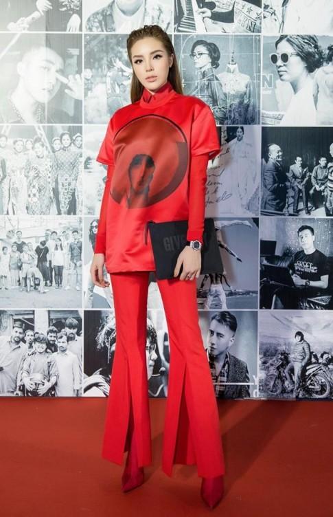Cùng mê mẩn thời trang menswear, Kỳ Duyên chuẩn bị vượt mặt Thanh Hằng ở khoản mix