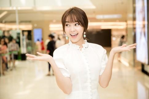 Cuộc 'đụng hàng' đình đám nhất showbiz Việt, 6 mỹ nhân chen nhau mặc 1 chiếc váy 'gái ngoan'