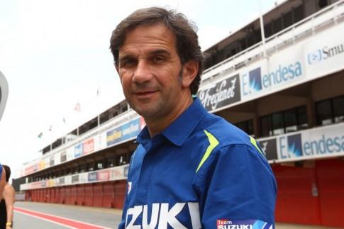 Đội đua Suzuki Ecstar được điều hành bởi cựu quản lý của Valentino Rossi