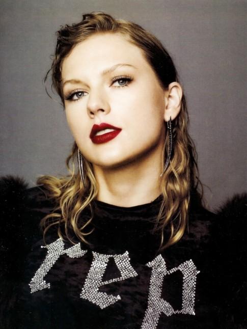 Đừng gọi Taylor Swift là 'Công chúa nhạc đồng quê' nữa, chị Rắn đã 'lột xác' rồi