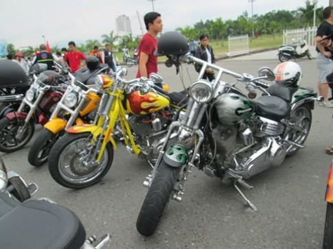 Hàng trăm môtô tụ hội ở Đà Nẵng