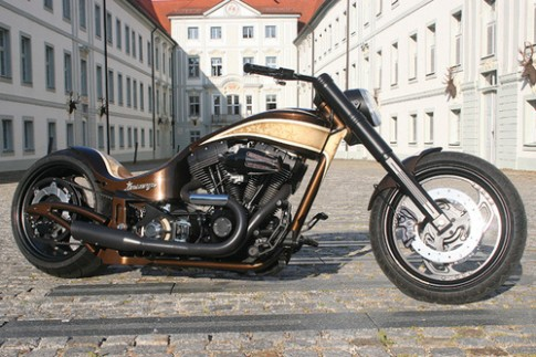 Harley Davidson độ Custom Wolf