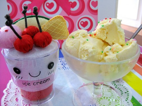 Hiểm họa bất ngờ từ việc cho trẻ ăn quá nhiều kem